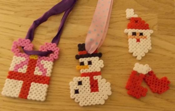 Christmas Hangers 2